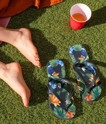 Tropical  toucan flip flops